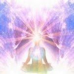 L'ascencion du corps de lumière Elyna voyance des anges.